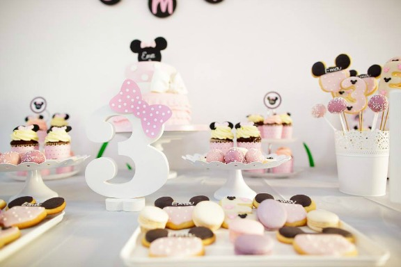 Petrecere Tematica Minnie Mouse