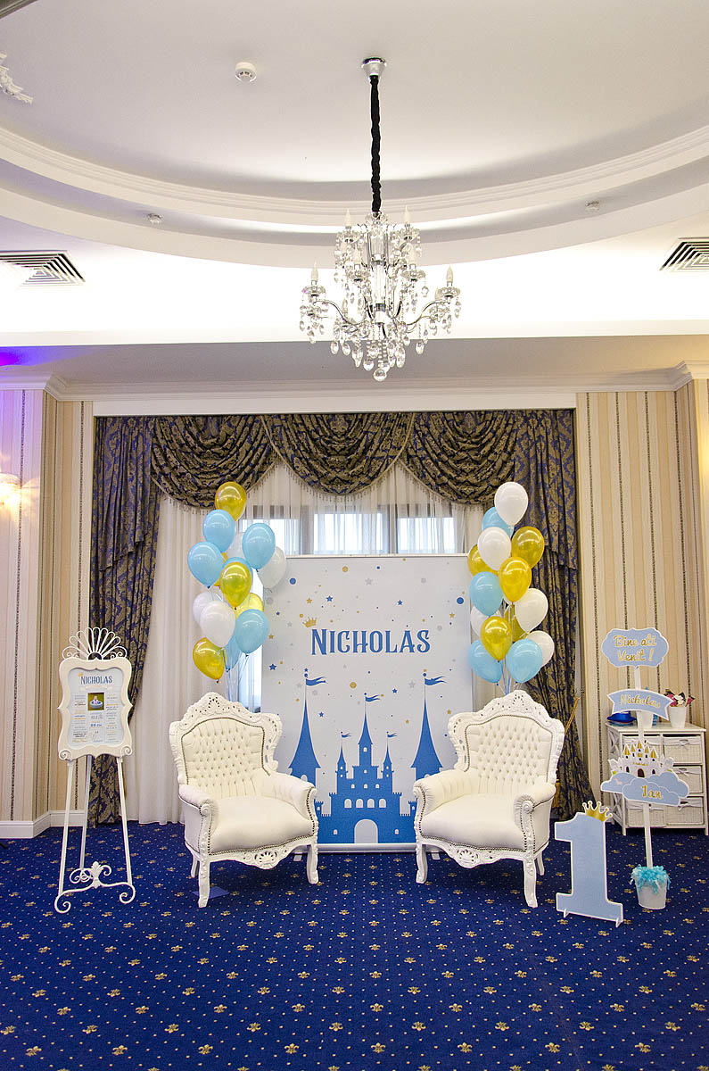 Nicholas – Royal Party